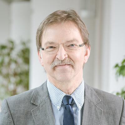 Porträt von Dr. med. Roland Thiemann